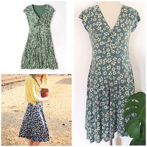 Boden Stretch Jersey Floral Seville  V Twist Dress